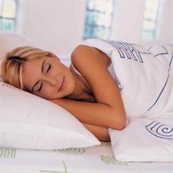 Люди, спящие 6-8 часов в сутки, меньше рискуют умереть раньше срока