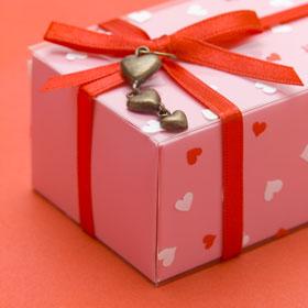 Что дарить любимым на День Святого Валентина