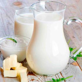 Можно ли пожилым людям употреблять молоко