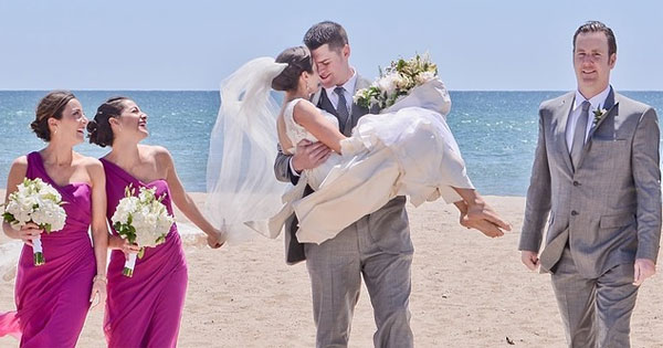 истории знакомства на свадьбу пример